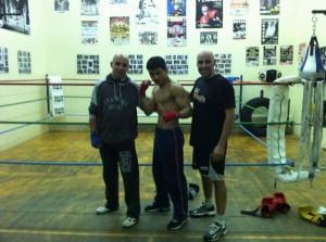 Txerra y Miguel y Marvin. La nueva promesa del MT Boxing